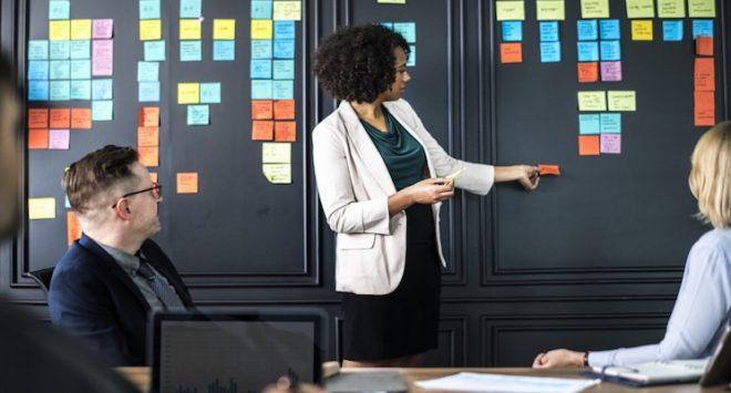 Il divario nelle mansioni lavorative diventa cruciale per spiegare il pay gap di genere