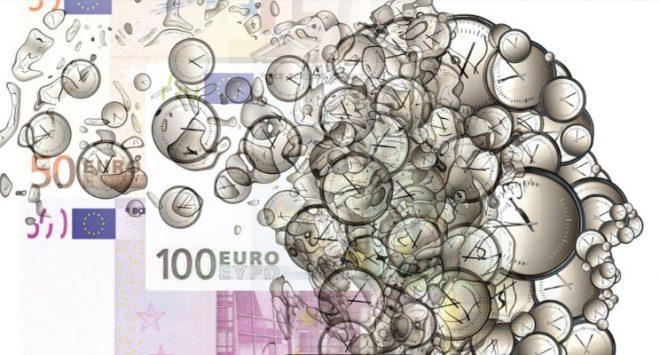 Stipendi italiani in picchiata, gender pay gap stabile