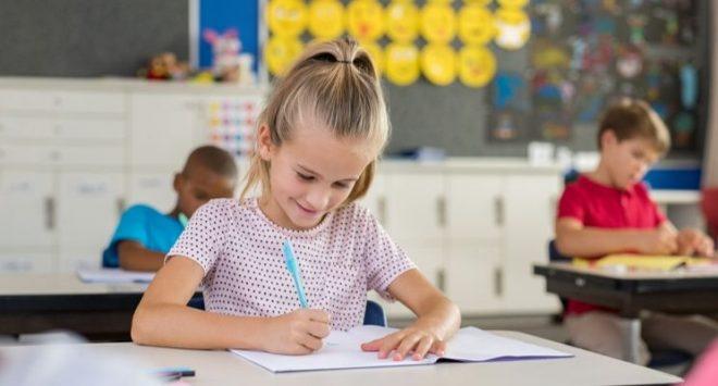 Giornata mondiale delle bambine: il gender gap nell'istruzione ostacola il futuro